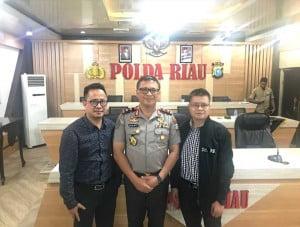 Ketua PSID Benny Sukma Negara, MT, Kapolda Riau Irjen Pol Agung Setya Imam Effendi, S.H., S.I.K., M.Si dan Narasumber DR. Rahmad Kurniawan, ST., MIT.
